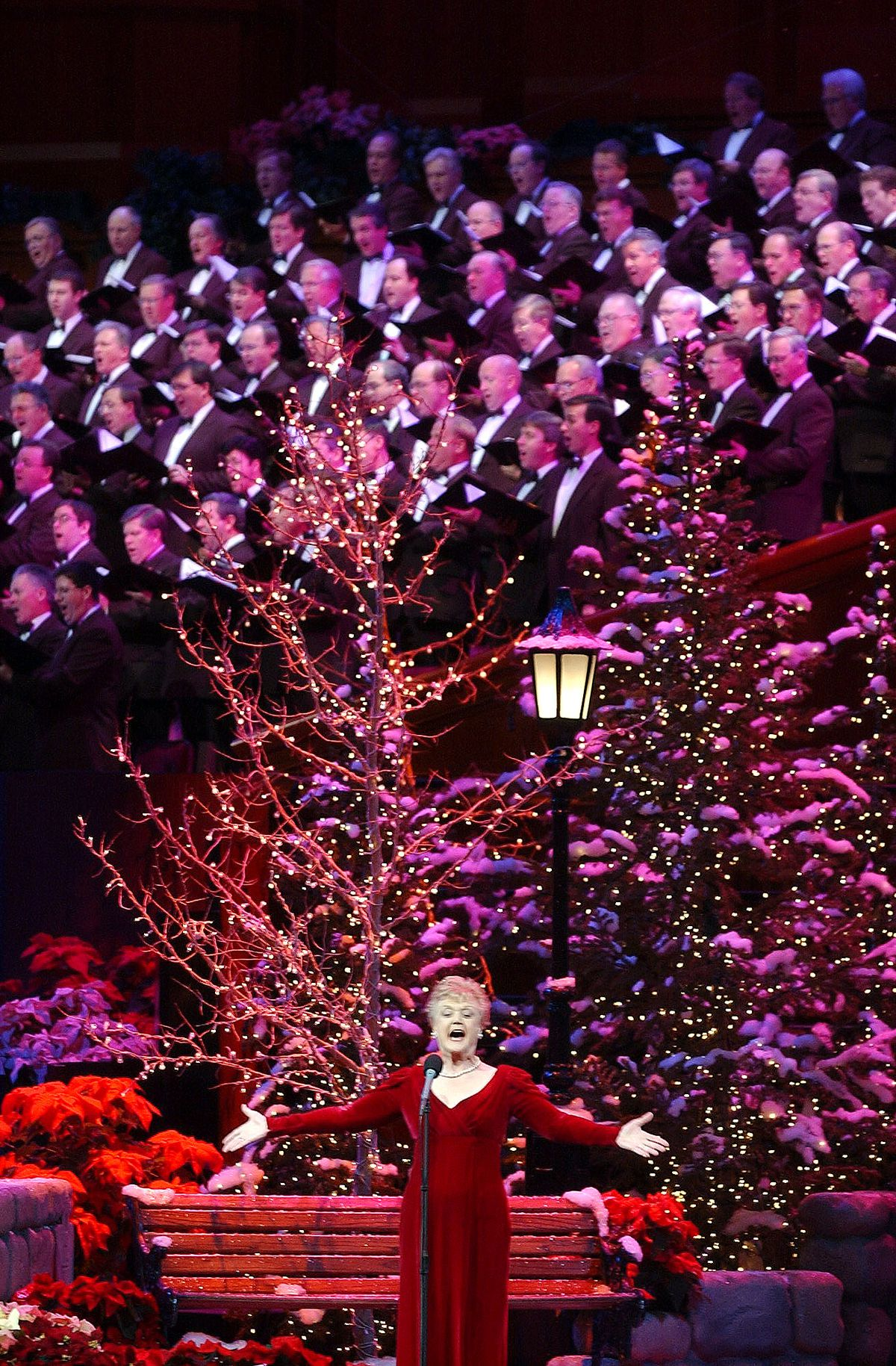 Star of stage and screen Angela Lansbury sings with the Tabernacle Choir friday December 7, 2001 during a Christmas Concert at the Conference Center.