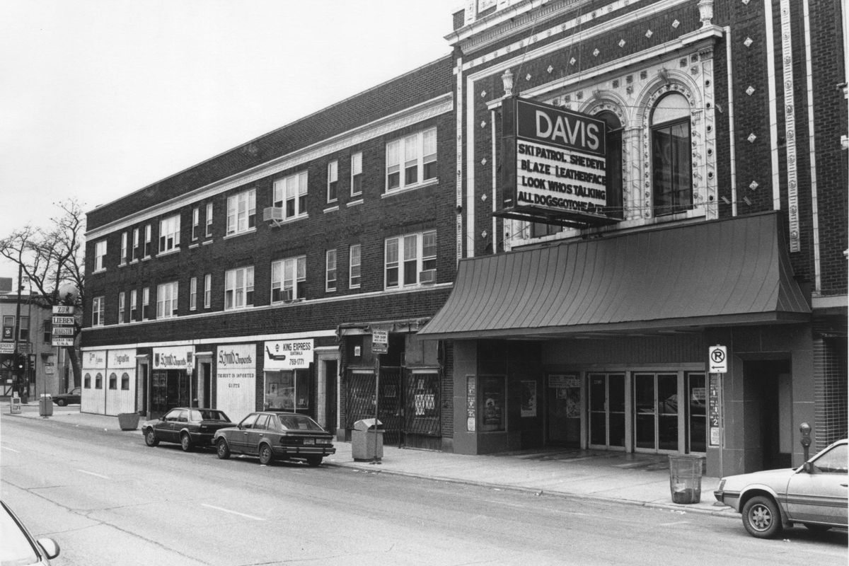Chicago Homes Neighborhoods Architecture And Real Estate Curbed Mama Lime 800 Ml Beloved Historic Davis Theater Celebrates Its Storied Past