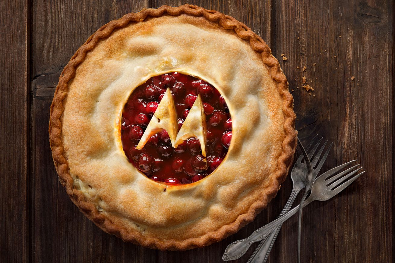 android pie is coming to eight motorola phones