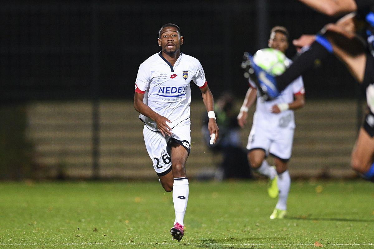 FC Chambly Oise v Football Club Sochaux-Montbeliard - Ligue 2