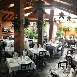 El Barzon Patio, set up for service (open in the warmer months). Photo courtesy of El Barzon Official Facebook page.