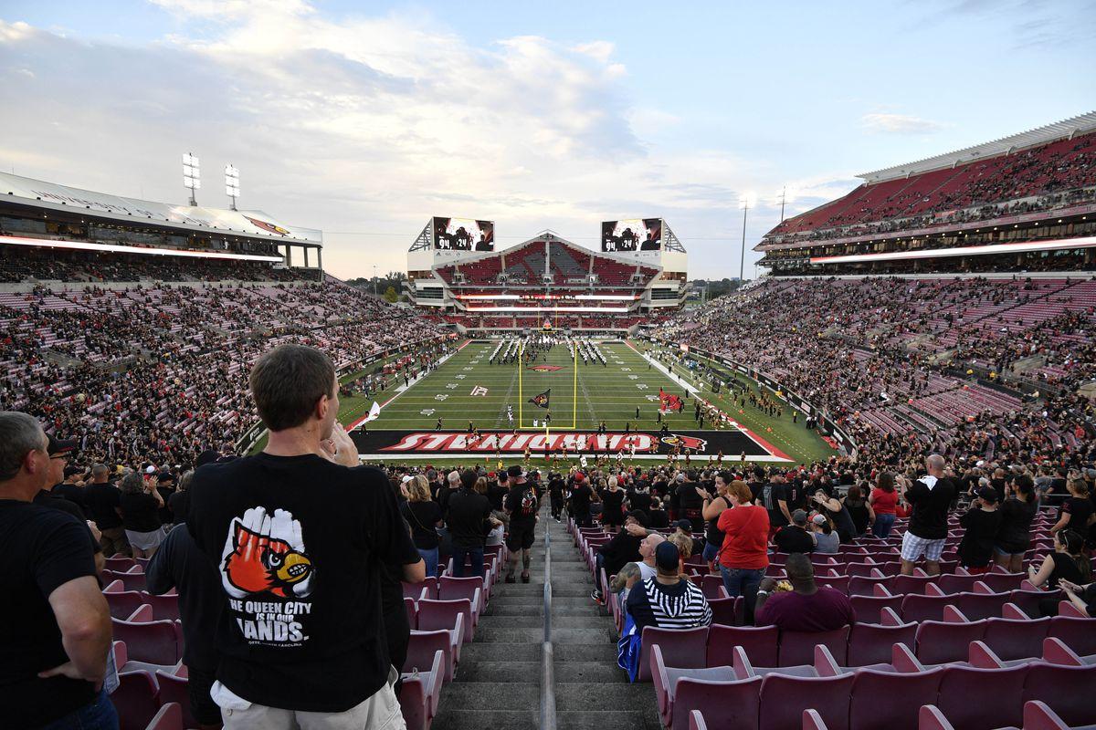 NCAA Football: Georgia Tech at Louisville
