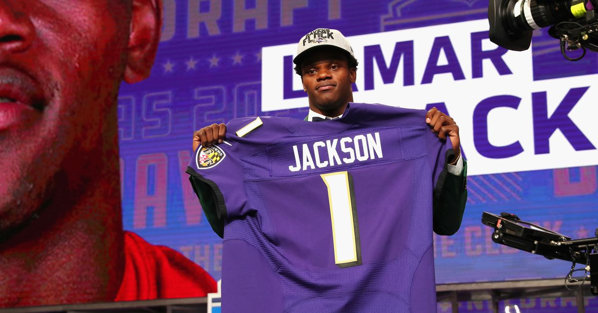 Lamar Jackson jersey Hayden Hurst jersey Baltimore Ravens ...