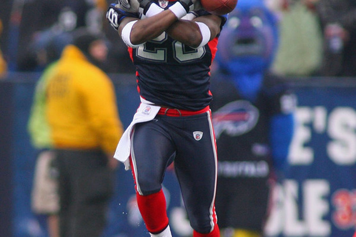 ORCHARD PARK NY - DECEMBER 12: Leodis McKelvin #28 of the Buffalo Bills celebrates making an interception against the Cleveland Browns at Ralph Wilson Stadium on December 12 2010 in Orchard Park New York.  (Photo by Rick Stewart/Getty Images)
