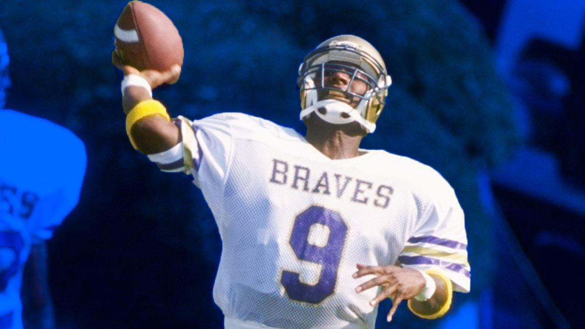 Steve McNair in 1994 at Alcorn State, throwing a pass.