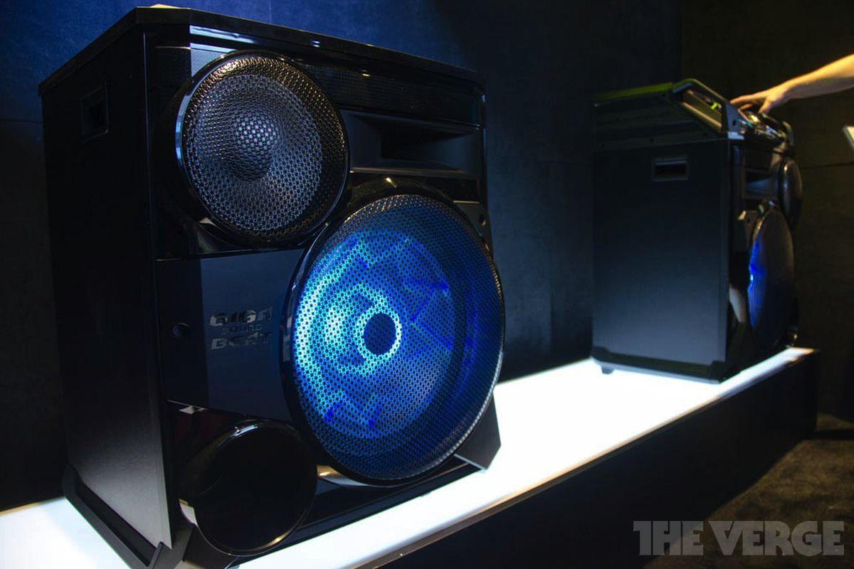 Samsung Giga Box