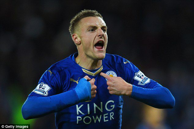 Vardy has worn this protective cast on his right wrist since his injury.