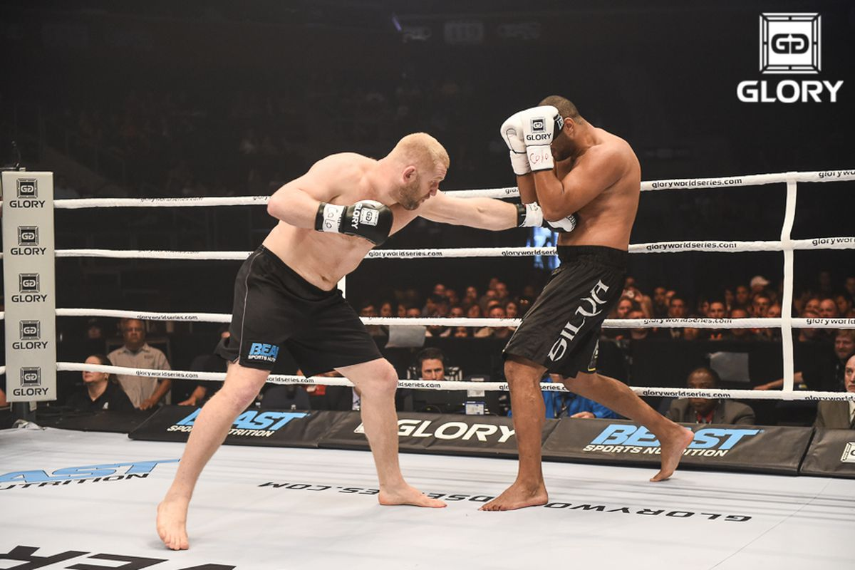 Sergei Kharitonov vs Anderson Silva, Glory 16