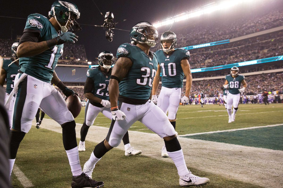 """2398244b2 Eagles News  Philadelphia players select """"Dreams and Nightmares"""" as their Super  Bowl intro music"""
