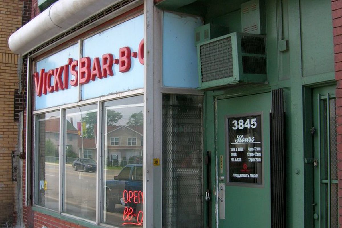 Vicki's Bar-B-Q.