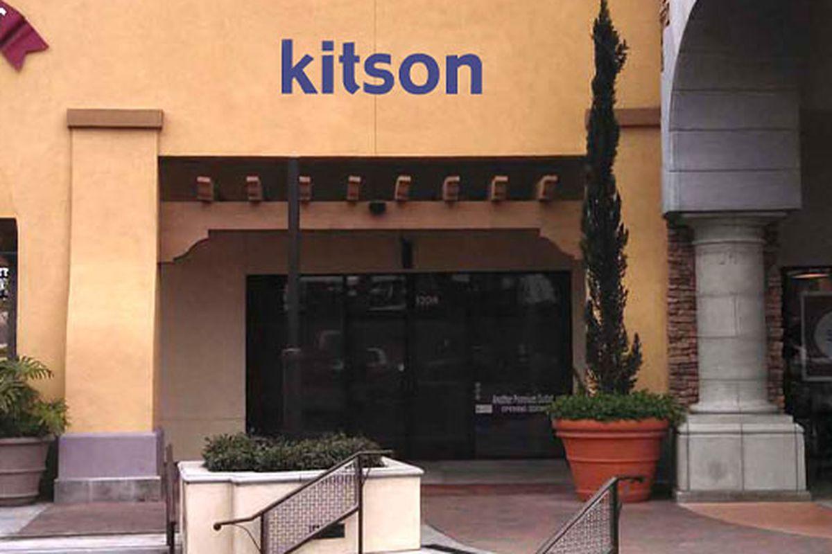 """Image via <a href=""""http://www.shopkitson.com/"""">Kitson</a>"""