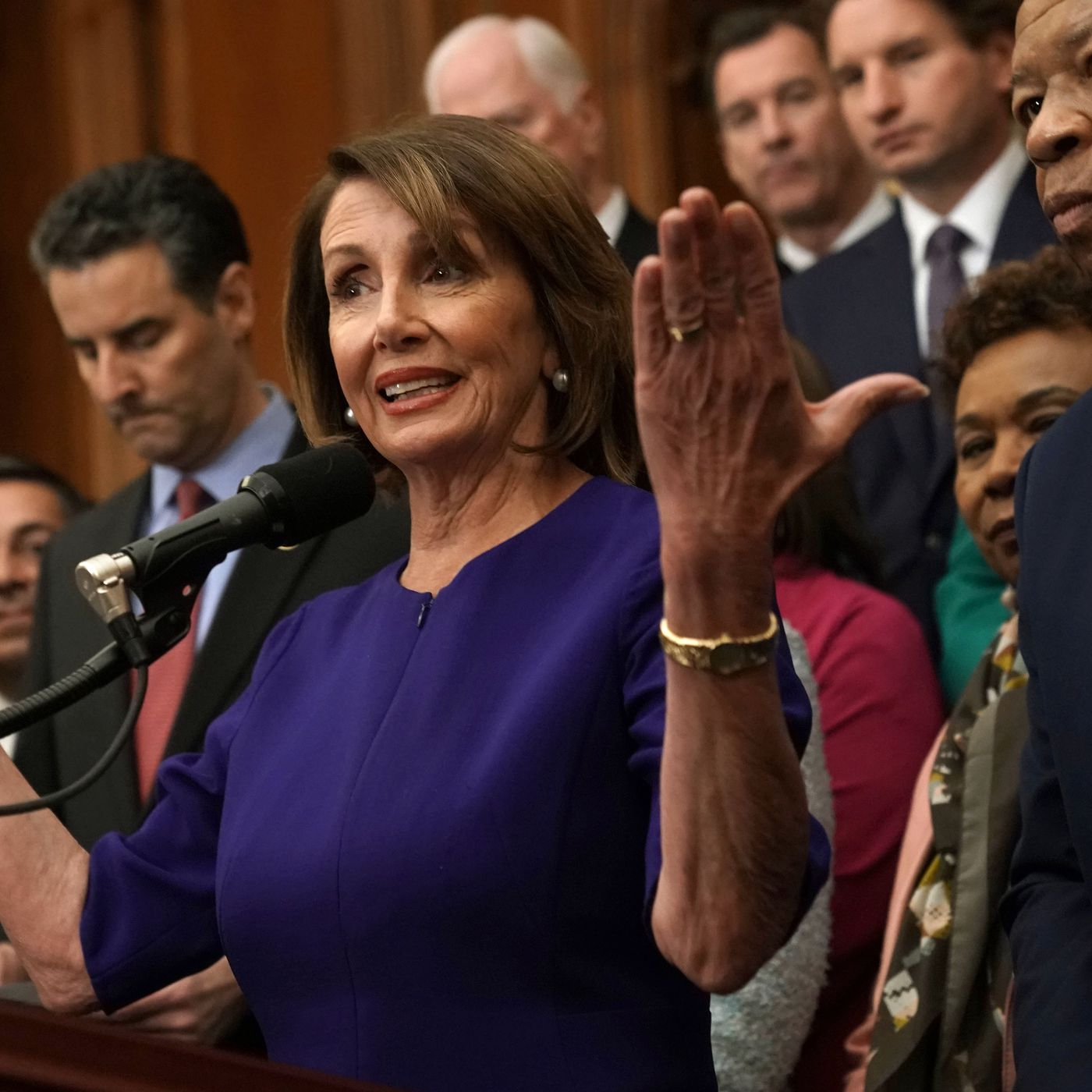 vox.com - Emily Stewart - Nancy Pelosi uninvites Trump from the State of the Union until the shutdown is over