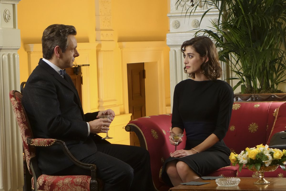 Michael Sheen and Lizzy Caplan in Masters of Sex