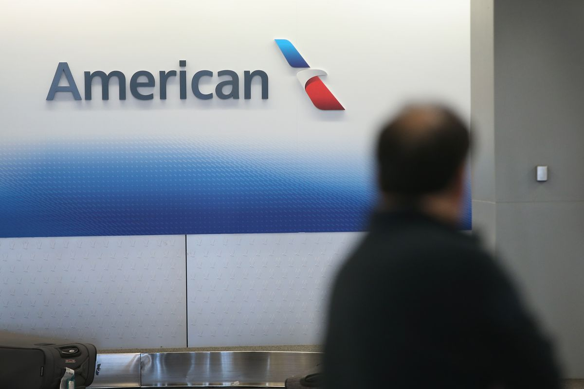 American Airlines Apologizes for Kicking Basketball Players Off Christmas Eve Flight