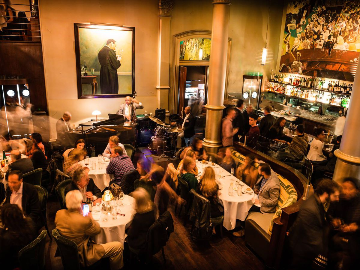 The Best Moderately Priced Date Spots For Long Term