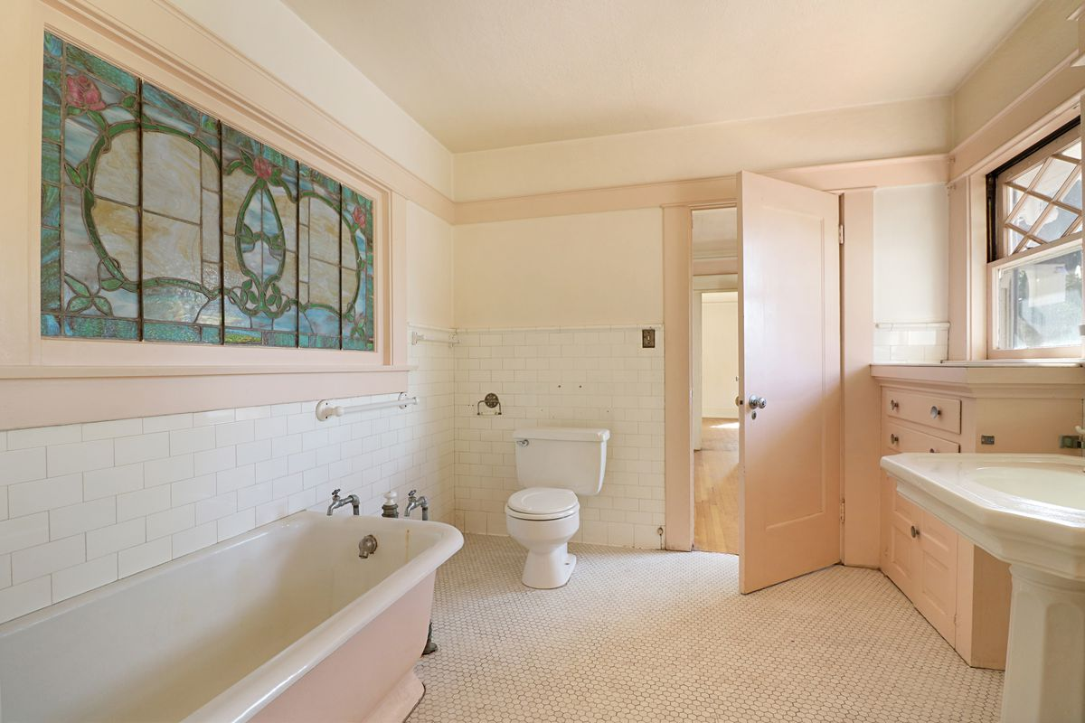 Bathroom with stained glass