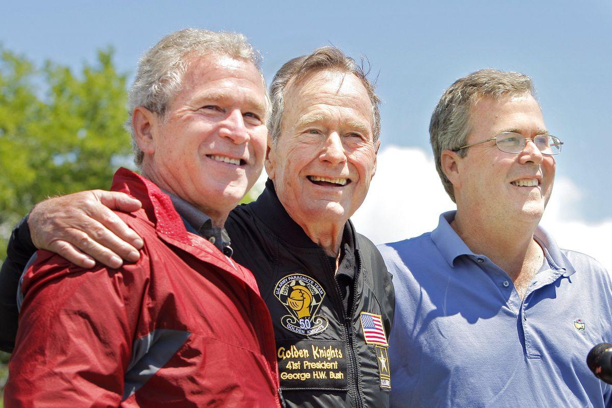 George W. Bush (left), George H. W. Bush (center), and Jeb Bush.
