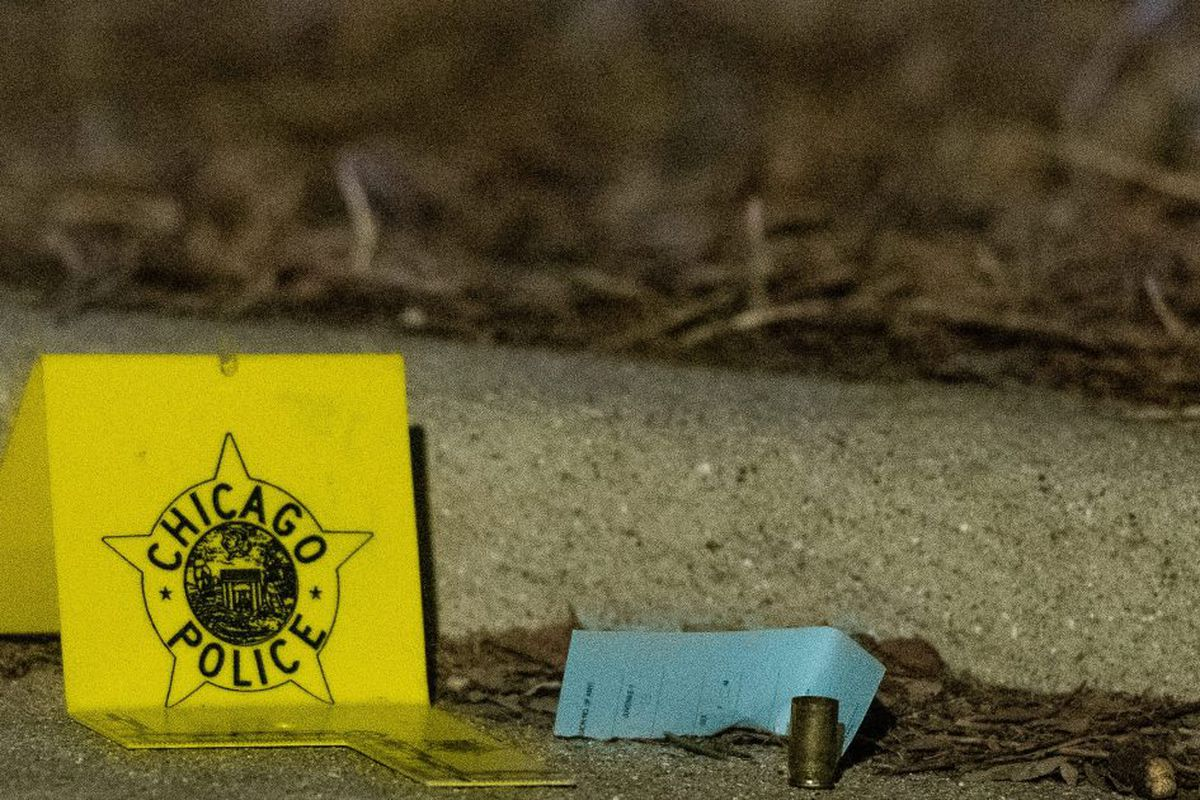 Chicago Shootings: 10 shot, 2 killed Wednesday in Chicago