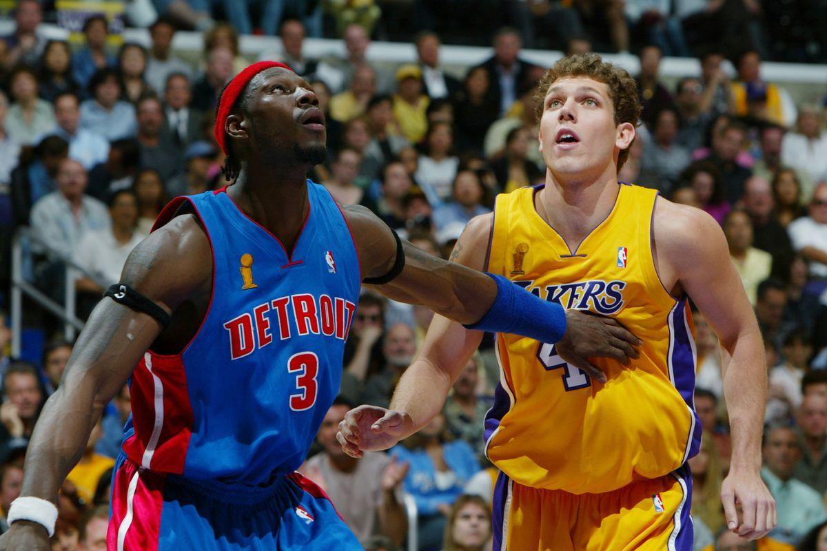 Pistons v Lakers