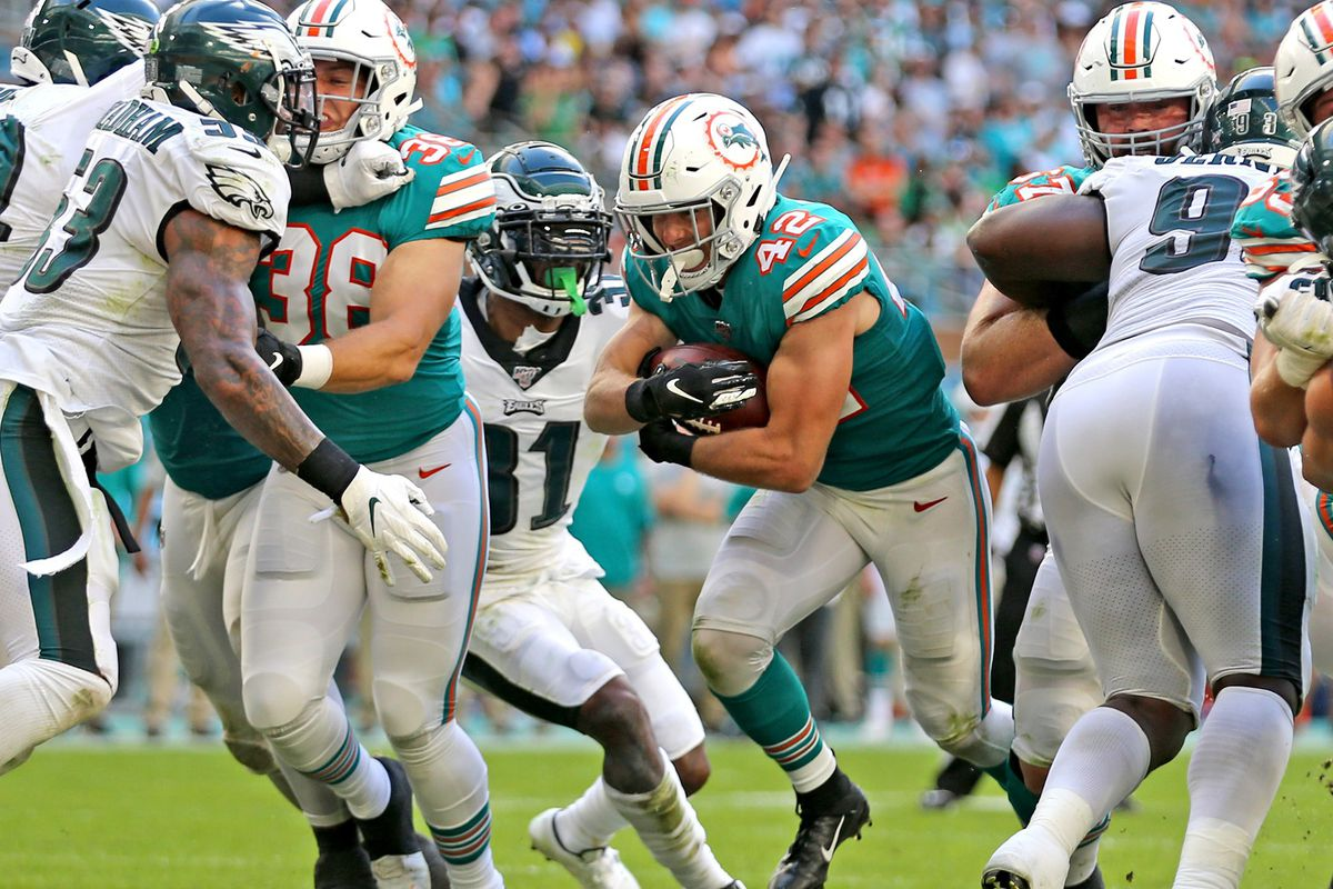 Dolphins deliver best performance of the season, beat Eagles