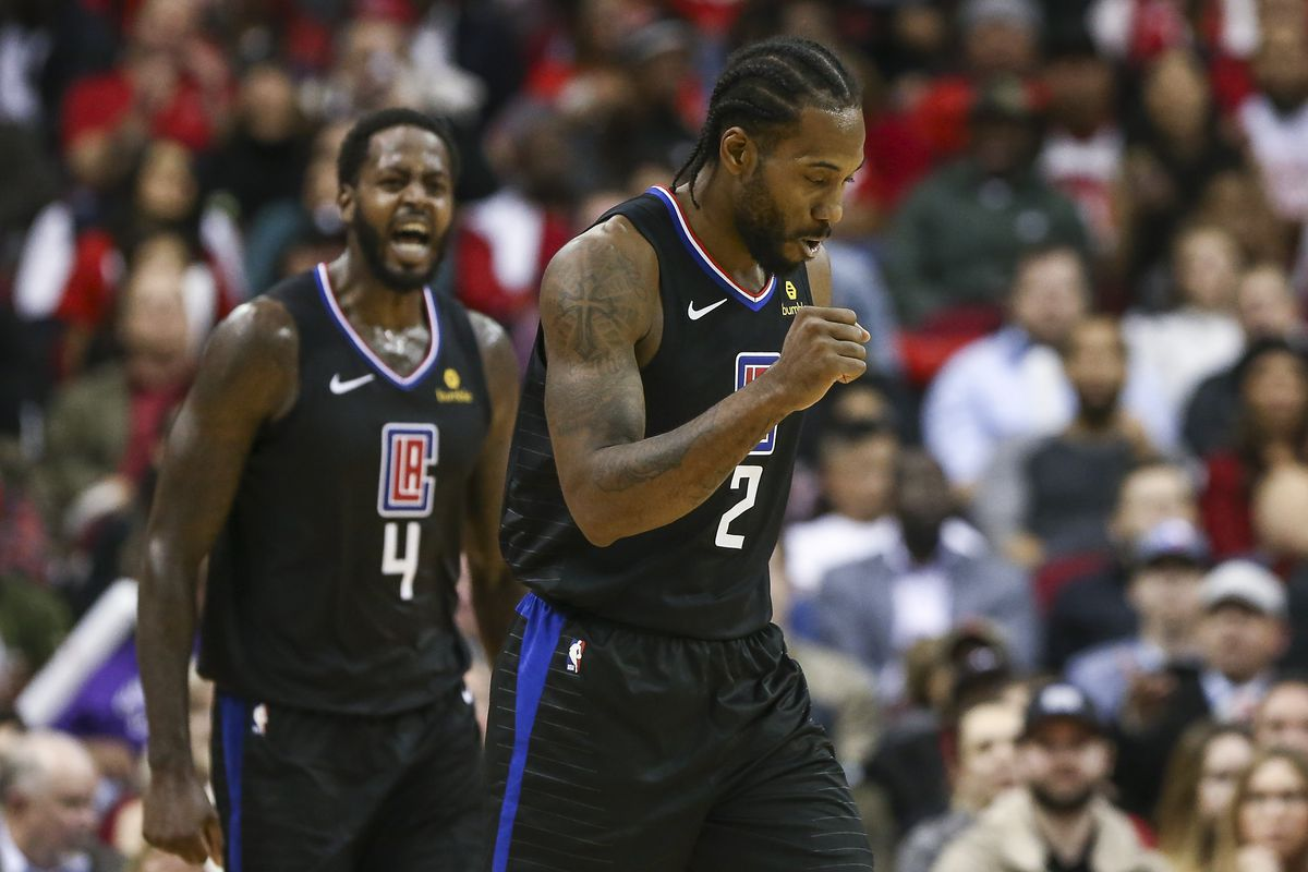 Los Angeles Clippers forward Kawhi Leonard reacts after a play during the fourth quarter against the Houston Rockets at Toyota Center.