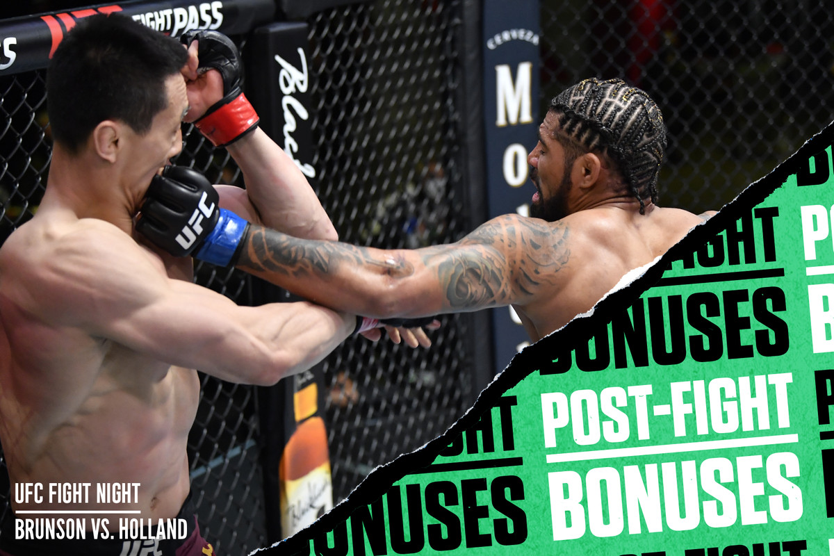 Max Griffin knocks down Song Kenan with a left-right combination at UFC Vegas 22.