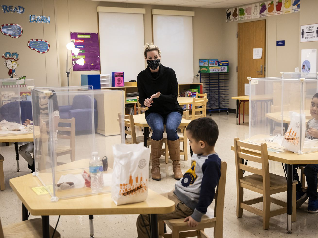 Every CPS student to get $450 for food through federal program that will benefit 1 million Illinois children