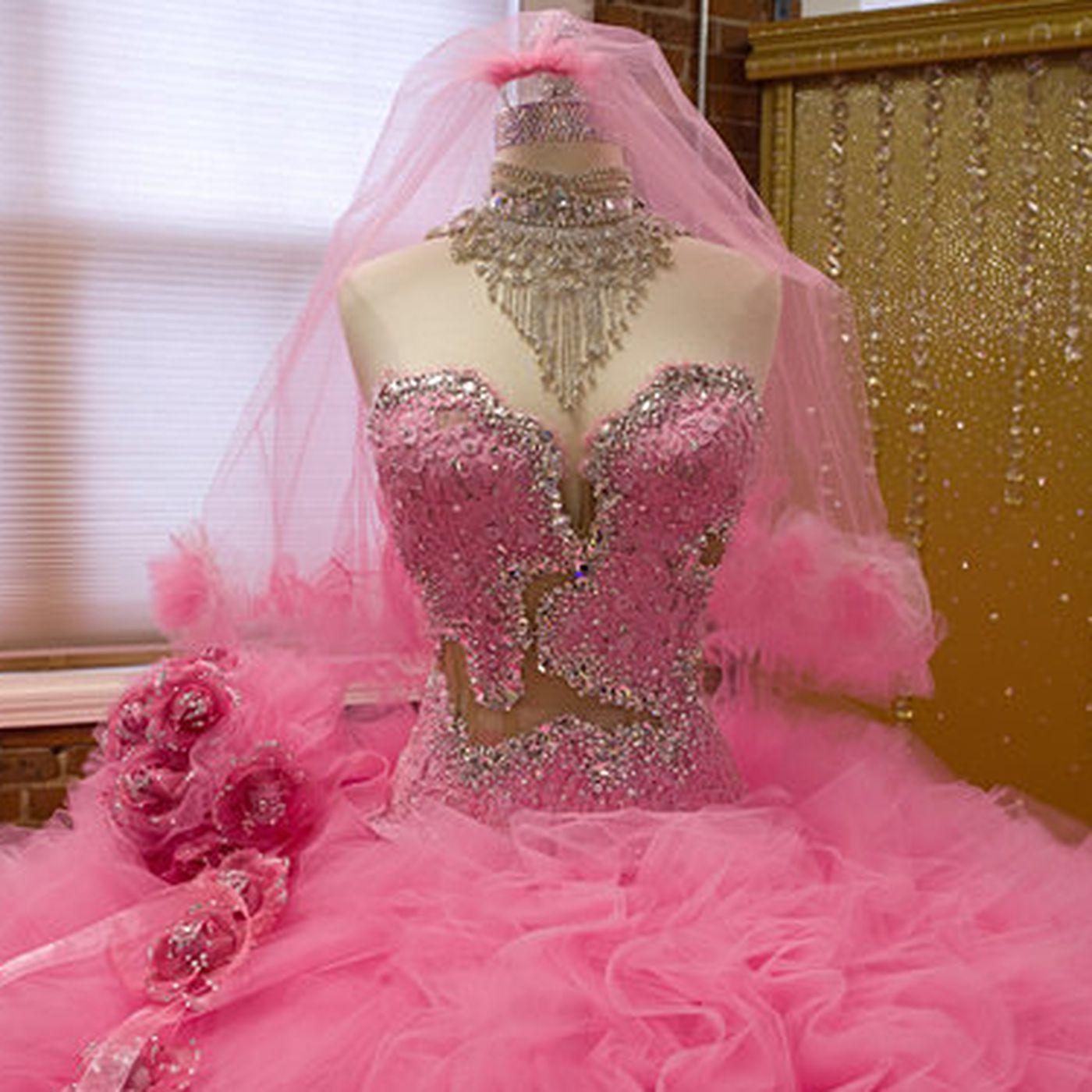 My Big Fat American Gypsy Wedding S Sondra Celli On Rhinestoning Everything Racked,Mother In Law Wears Wedding Dress To Sons Wedding