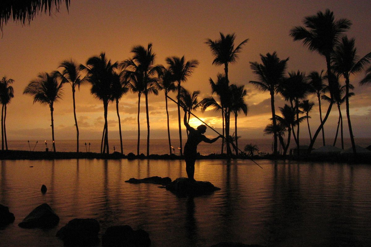 """Who thought, """"Wow, Maui's so beautiful. Let's play basketball here.""""? Image via <a href=""""http://www.flickr.com/photos/masteryofmaps/1496830183/"""">Mastery of Maps on Flickr</a>"""