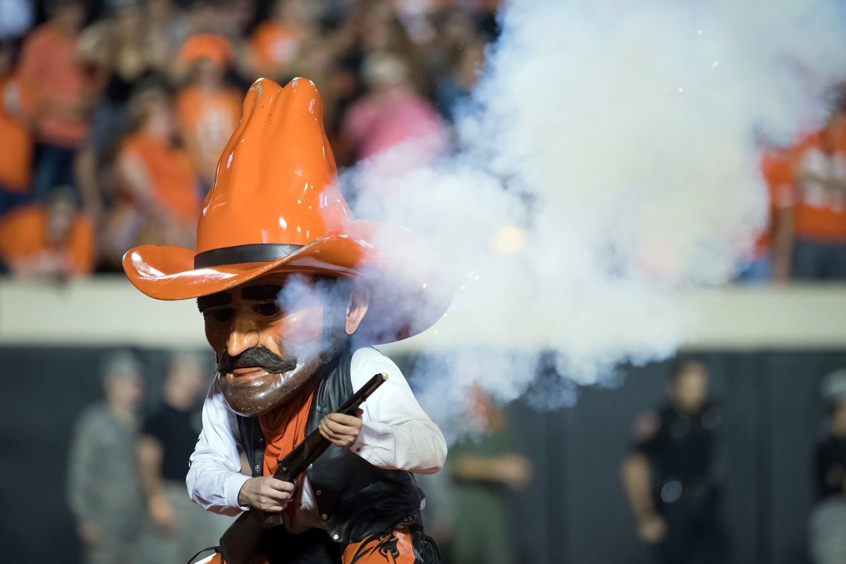 competitive price d9241 03e6c Early Thoughts on Oklahoma State s 2019 Football Schedule