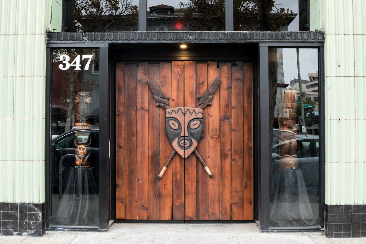 Enter the kon tiki a tropical oasis in oaklands chinatown eater sf the kon tiki is ready to set sail celebrating its grand opening this weekend with volcano bowls and pupu platters aplenty the 1800 square foot space at stopboris Images