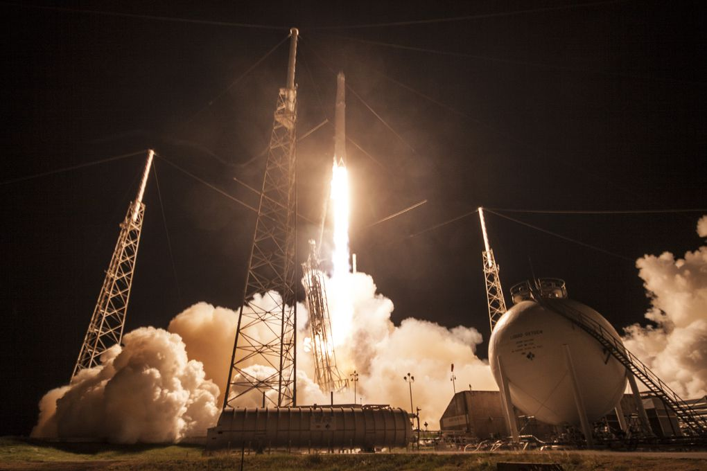 These are the spectacular photos from last night's SpaceX ...