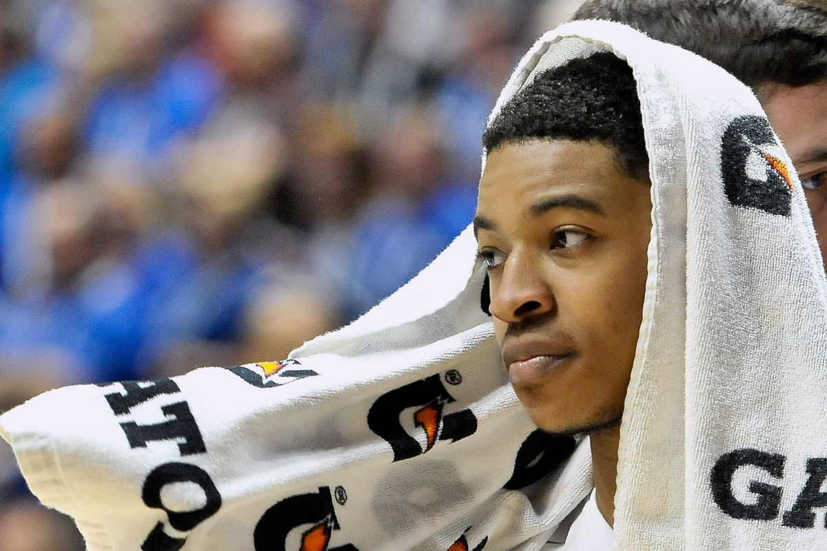 2016 NBA Summer League: Tyler Ulis drills three at buzzer, Phoenix Suns move on to semifinals ...