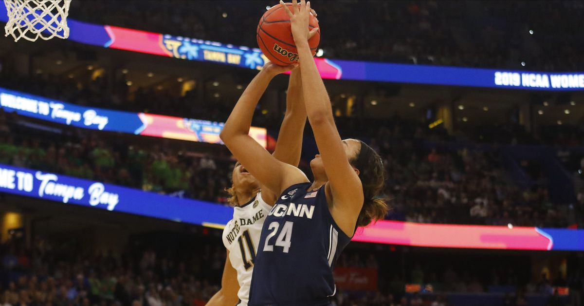 5ccb96db15e7 Hit The UConn Links  What Wrong For Women s Basketball in Final Four Loss