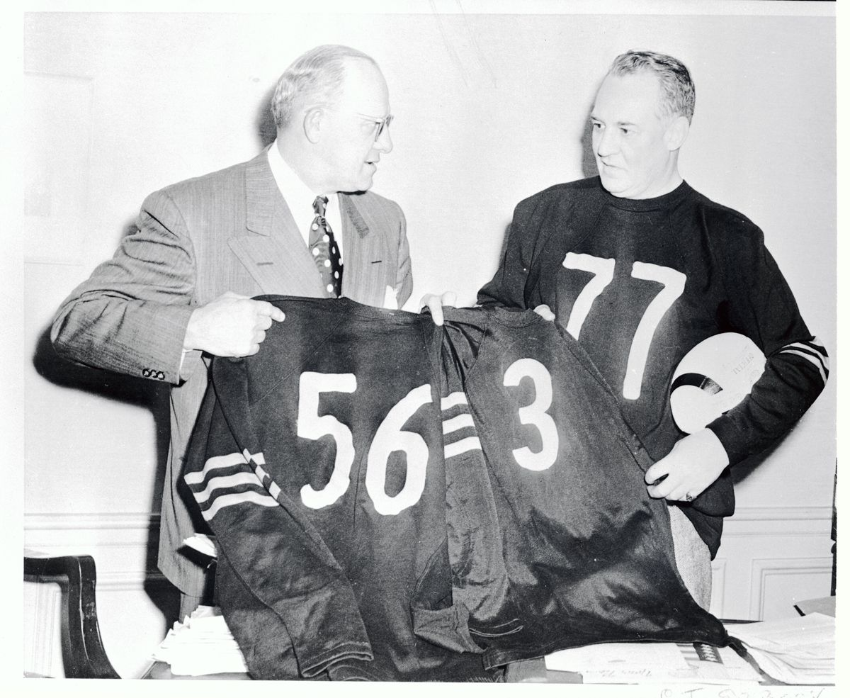 Chicago Bear's Retiring Famed Jersey Numbers