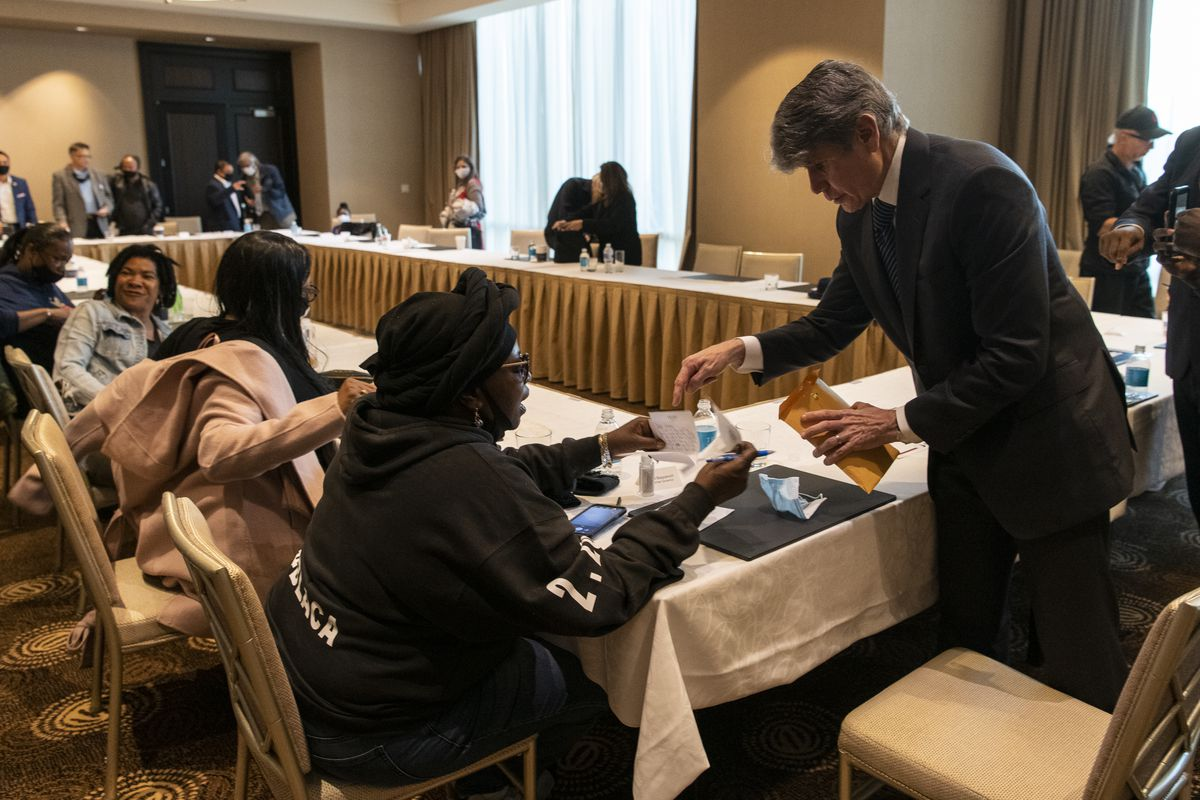 Former Governor of Illinois Rod Blagojevich along with a panel of Black and brown conservative business owners and community stakeholders discussed policies of President Donald Trump that have benefited their communities at Trump Tower's Skyline Room, Thursday, Oct. 22, 2020. | Tyler LaRiviere/Sun-Times