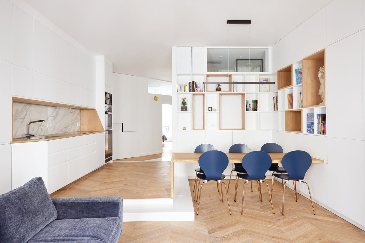 Paris Apartment Renovation Maximizes Space With Built Ins Curbed