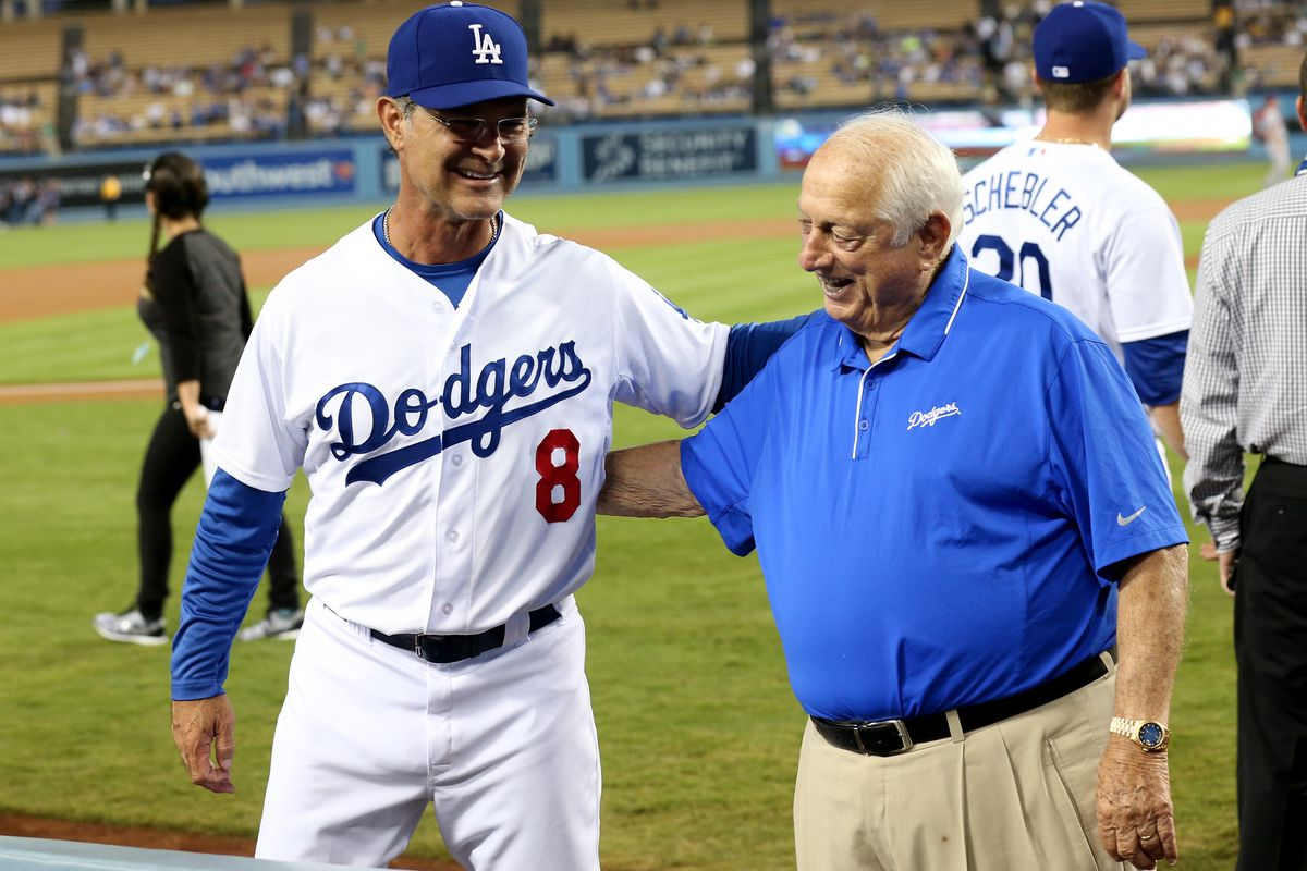 Tommy Lasorda will throw out the first pitch before Game 2 of the NLDS.