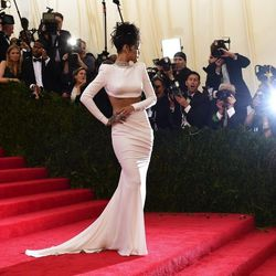 Most Cropped Top: Rihanna (Stella McCartney). All images via Getty.