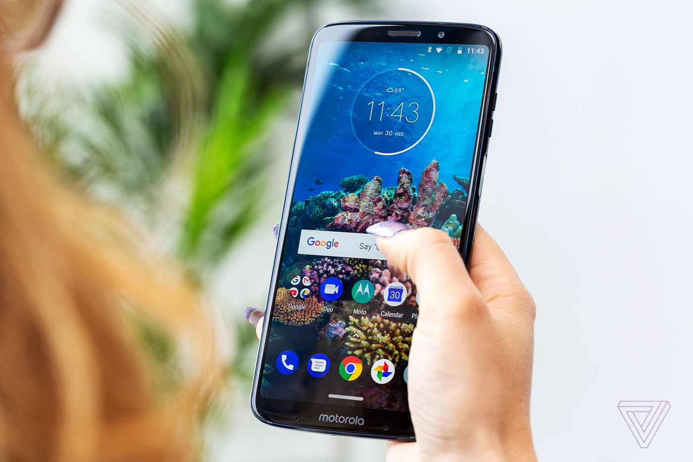 Motorola unveils the Moto Z3 Play with dual cameras and a bigger