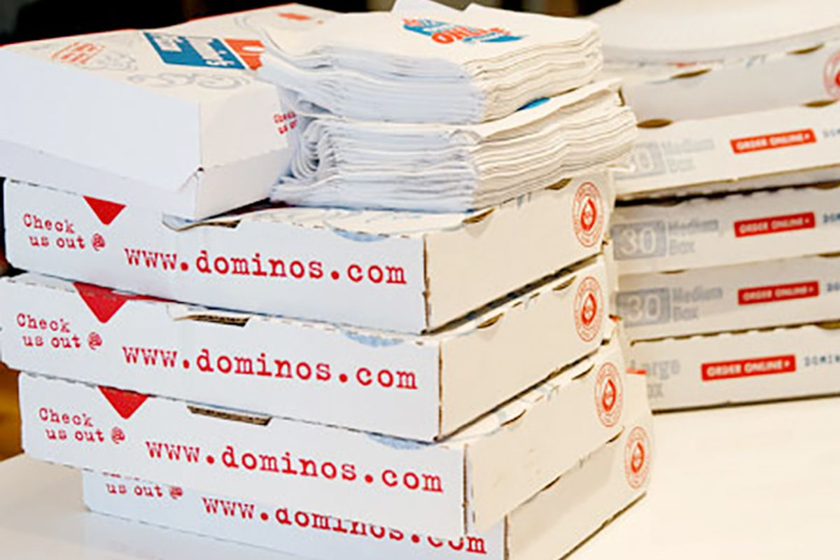 College Students Give Pizza Delivery Guy $1,300 Tip Because of Jesus ...
