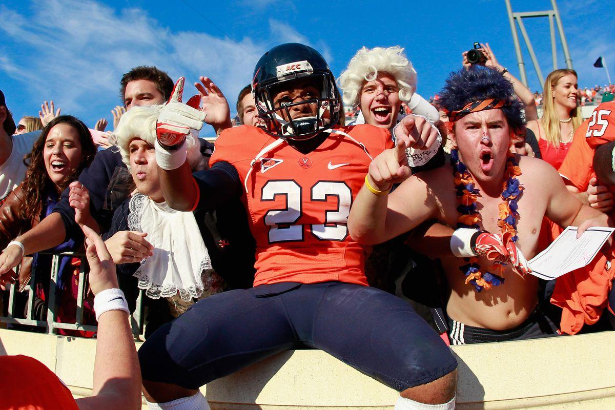 Virginia Football New Student Fan Orientation Streaking