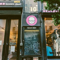 """<b>↑</b>Union Square's <b><a href="""" http://www.beaconscloset.com/"""">Beacon's Closet</a></b> outpost (10 West 13th Street) appears deceptively tiny from outside, but open the door and you'll see racks upon racks of lightly-worn (and sometimes brand new) go"""