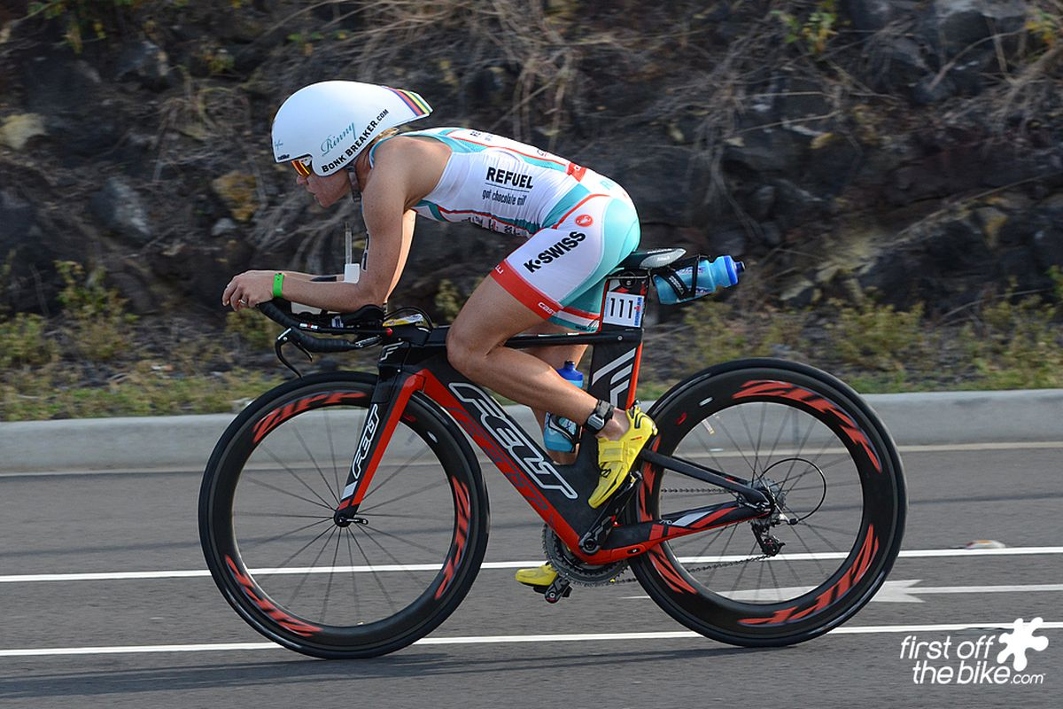 Mirinda Carfrae on her Felt, en route to a record day at 2013 Ironman World Championship in Kona