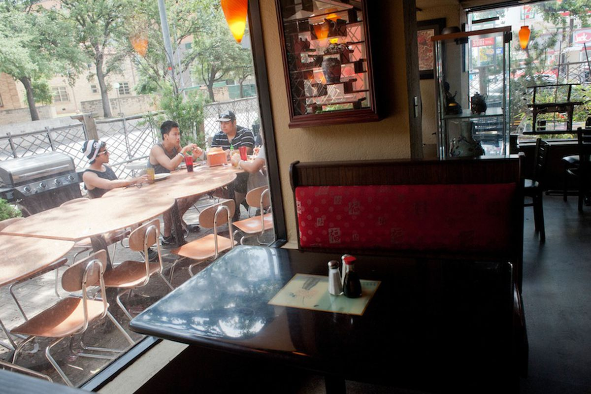 Ming's Cafe.