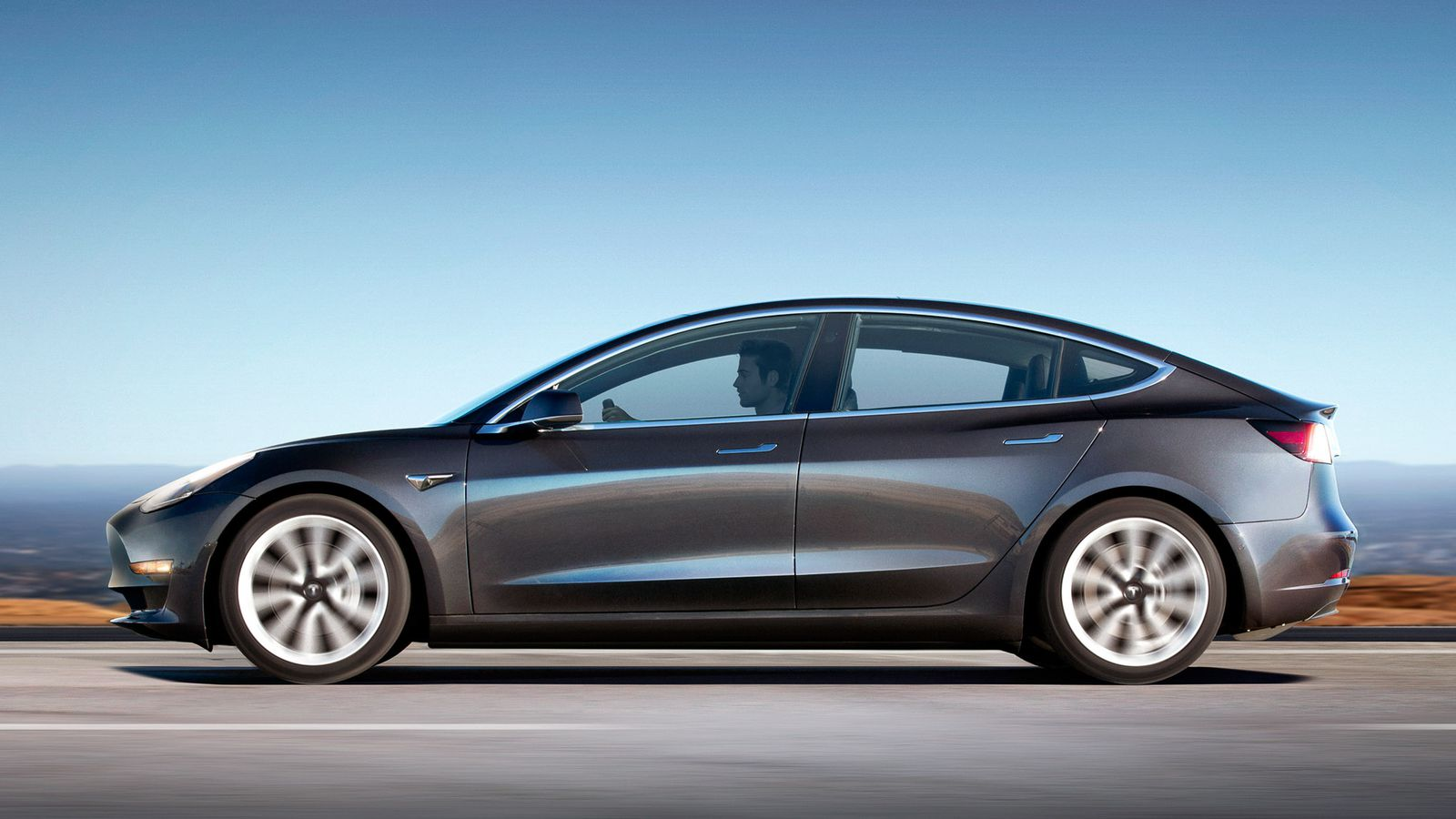 how the tesla model 3 compares to the model s and chevy bolt the verge. Black Bedroom Furniture Sets. Home Design Ideas