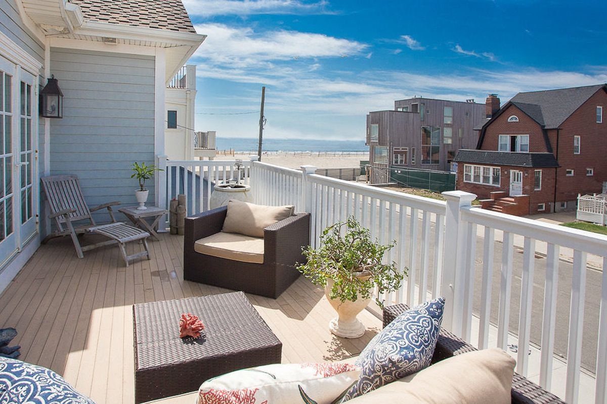 Yes This 3 Million Beach House Is Actually In New York City