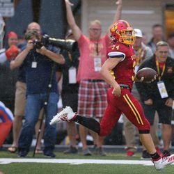 Batavia's Quinn Urwiler (34) breaks a long run for a touchdown against East. St. Louis.