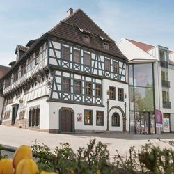 Lutherhaus in Eisenach is a museum on the site where Martin Luther lived as a school boy from 1498-1501. The building to the right of the house is a modern museum completed in 2015 in anticipation of the 500th anniversary of the Reformation.