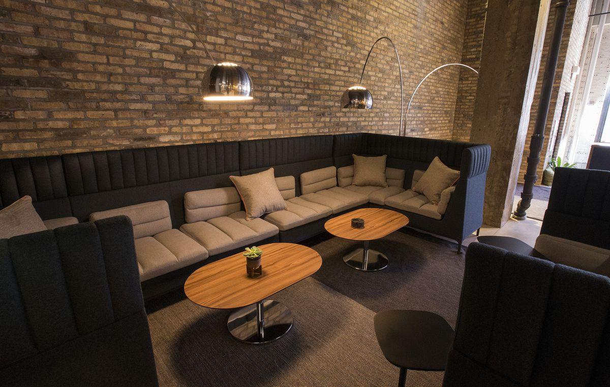 Dmk Restaurant Chicago